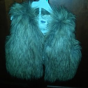 Fur vest 18-24 months